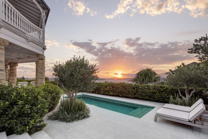 Wyer-Co_Harbourside-Garden_Heritage-Sydney-Garden-Features-Luxury-Pool-Design