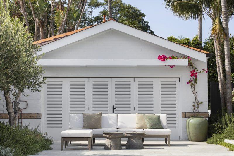 Wyer-Co_Harbourside-Garden_Mediterranean-Style-Garden-Complements-Heritage-Home
